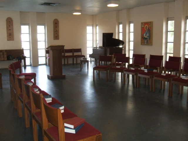 Piano & Pulpit